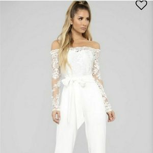 Beautiful Off The Shoulder Lace Jumpsuit